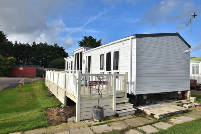Front View of St. Osyth Beach Holiday Park, Clacton-On-Sea CO16