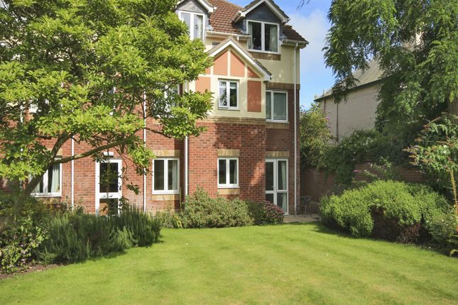 1 bed flat for sale in Tylers Close, Lymington SO41