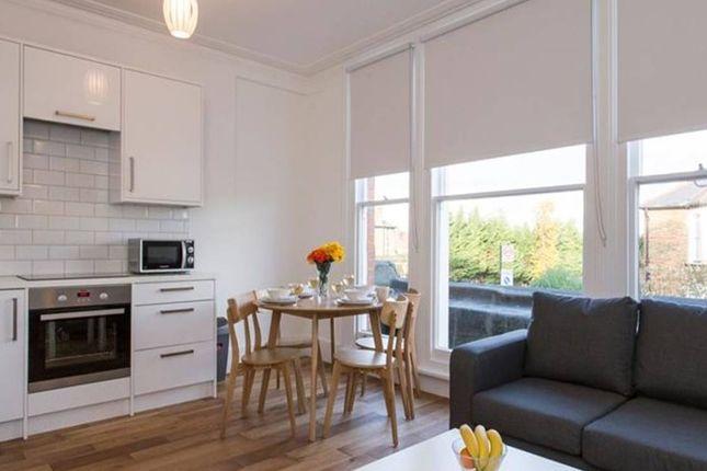 Thumbnail Flat to rent in Hither Green, London