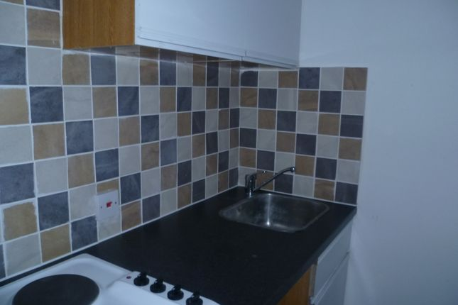1 bed flat to rent in Stockwood Crescent, Luton