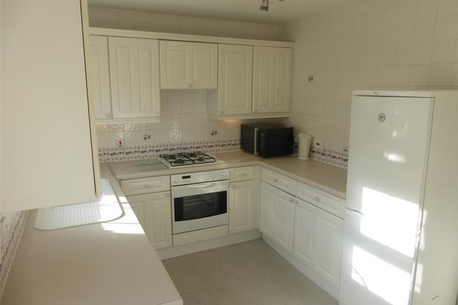 Thumbnail Terraced house to rent in John Batchelor Way, Penarth