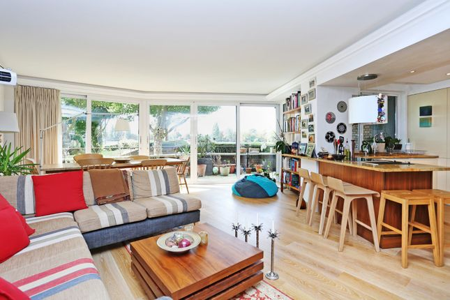 Thumbnail Flat for sale in Elm Lodge, Fulham