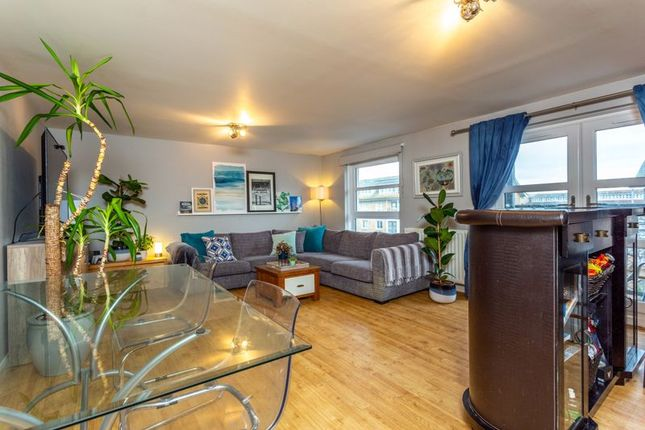 Thumbnail Flat for sale in Bannermill Place, Aberdeen