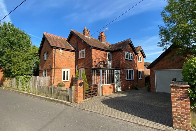 Thumbnail Detached house for sale in The Square, Spencers Wood, Reading