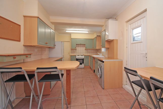 Thumbnail Terraced house to rent in Pembroke Street, Bedford