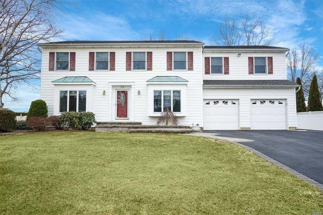 Thumbnail Property for sale in Commack, Long Island, 11725, United States Of America