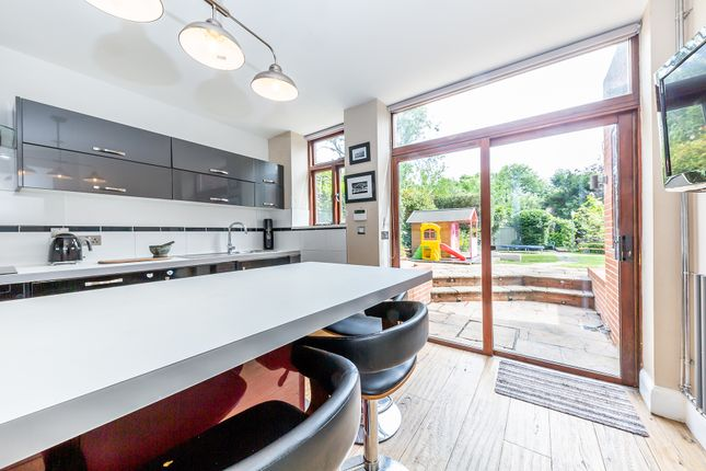 Thumbnail Flat for sale in Coolhurst Road, Crouch End