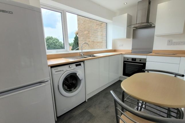Thumbnail Terraced house to rent in Winters Way, Bloxham, Oxon