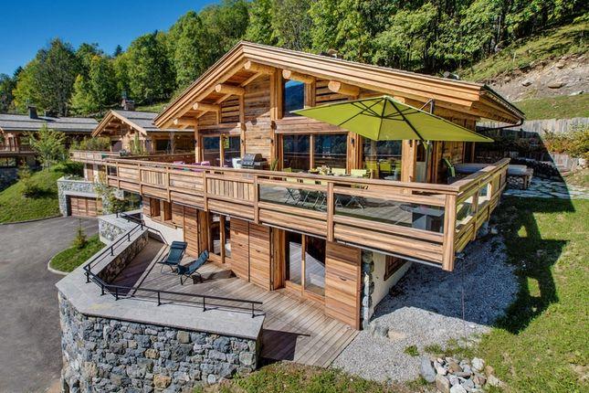Thumbnail Chalet for sale in Les Aravis, La Clusaz, Thônes, Annecy, Haute-Savoie, Rhône-Alpes, France
