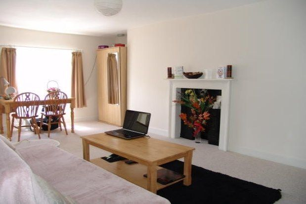 Thumbnail Flat to rent in 6 Nelson Place West, Bath