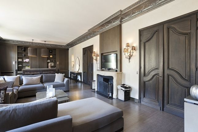 Thumbnail Apartment for sale in Neuilly Sur Seine, Paris, France