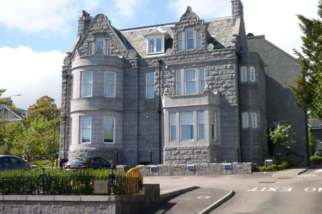 Thumbnail Flat to rent in Queens Road, Aberdeen