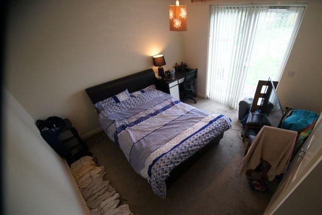 Thumbnail Flat to rent in Longfellow Road, Coventry