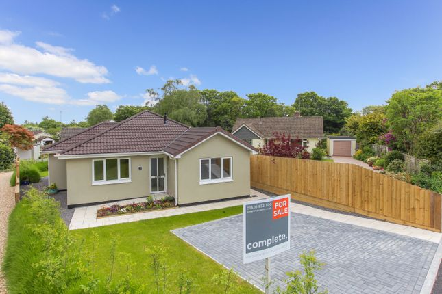 Thumbnail Detached bungalow for sale in Heathfield Close, Bovey Tracey, Newton Abbot
