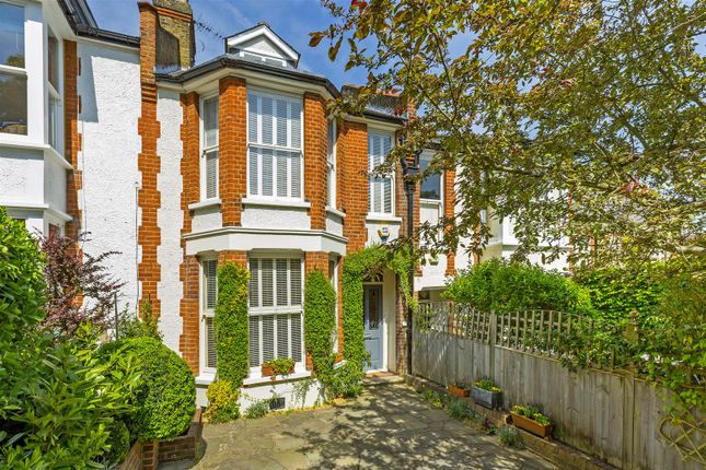 Thumbnail Terraced house for sale in Spencer Hill, London