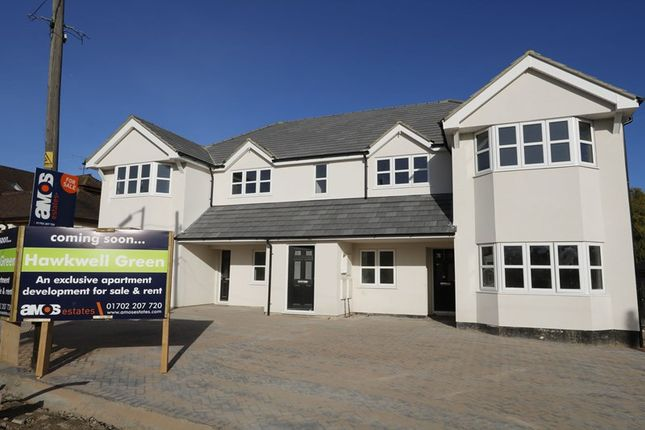 Thumbnail Flat for sale in Main Road, Hawkwell, Hockley
