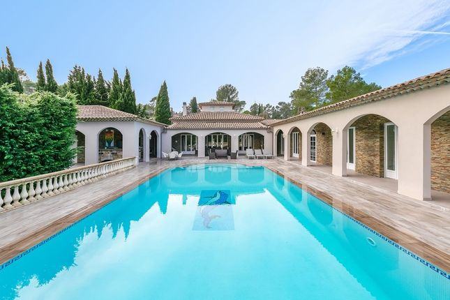 Villa for sale in Peymeinade, French Riviera, France