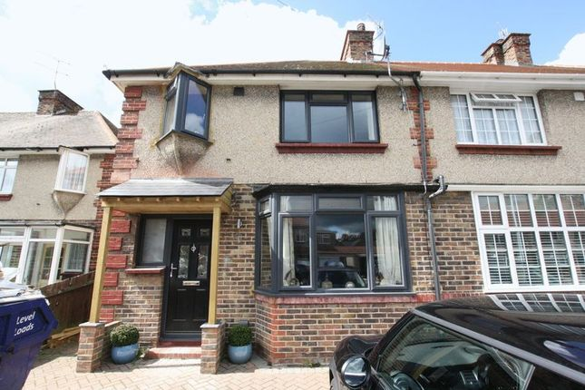 Thumbnail Terraced house for sale in Marlowe Road, Broadwater, Worthing