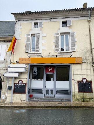 Thumbnail Pub/bar for sale in St Aulaye, Saint-Aulaye (Commune), Saint-Aulaye, Périgueux, Dordogne, Aquitaine, France