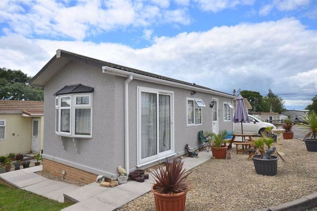 Thumbnail Mobile/park home for sale in Greenhill Court, Gloucester