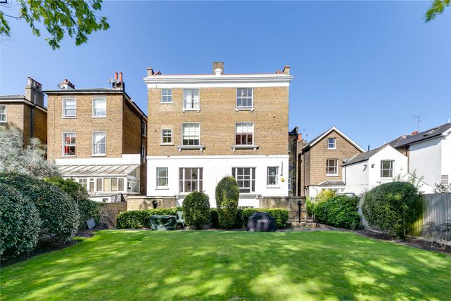 2 bed flat for sale in Elsynge Road, London SW18