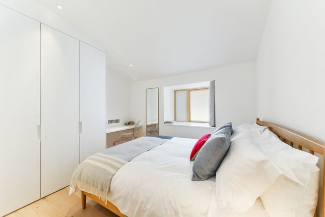 Bedroom of Townley Street, London SE17