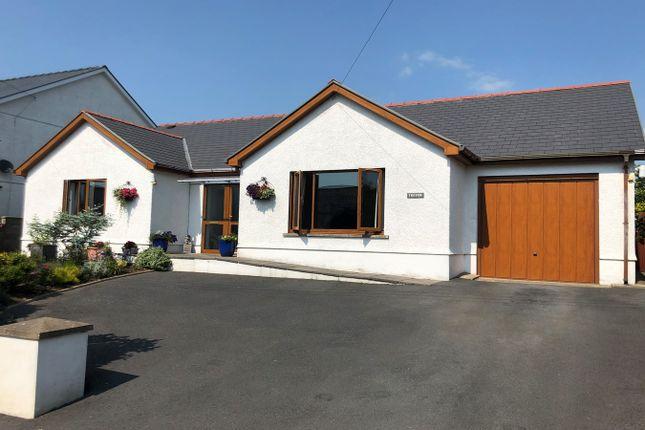 Thumbnail Bungalow for sale in Coed Y Bryn, Llandysul