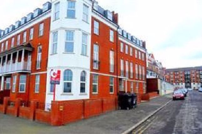 Thumbnail Flat to rent in Endcliffe Apartments, First Ave, Margate