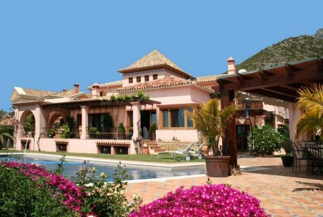 View Of Property of Spain, Málaga, Marbella, Sierra Blanca