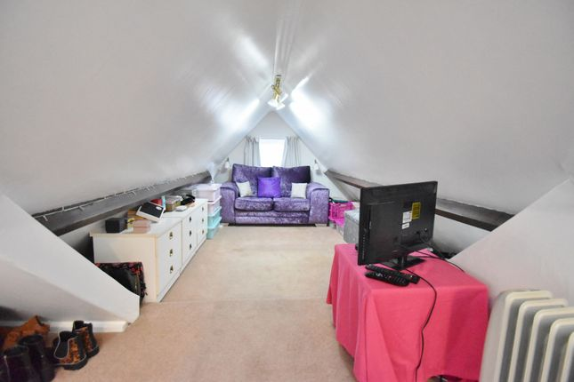 Bedroom of Sandbeck Avenue, Skegness PE25