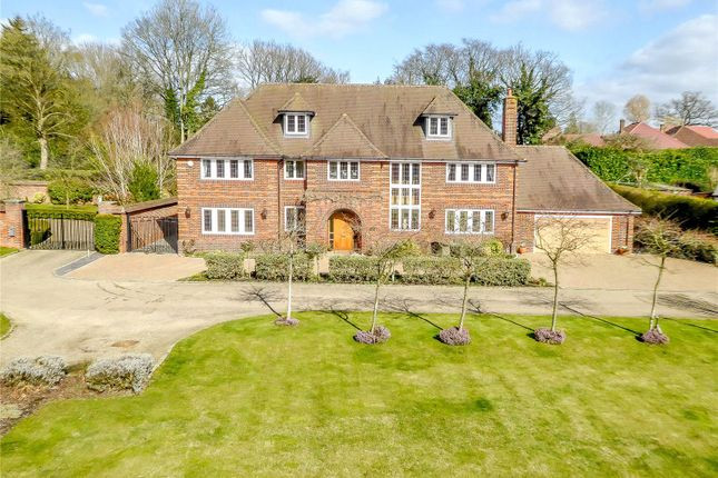 Thumbnail Detached house to rent in Chapelcroft, Chipperfield, Kings Langley