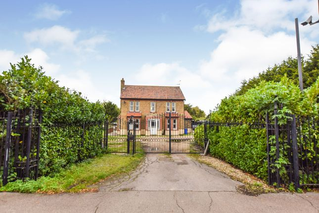 4 bed detached house for sale in Brentwood Road, Bulphan, Upminster RM14