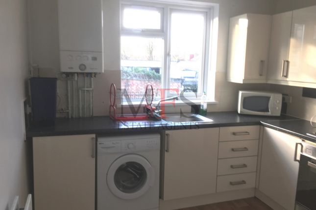 Thumbnail Maisonette to rent in Victoria Road, Southall