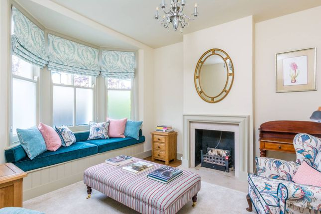 Thumbnail Property to rent in Saville Road, Chiswick, London
