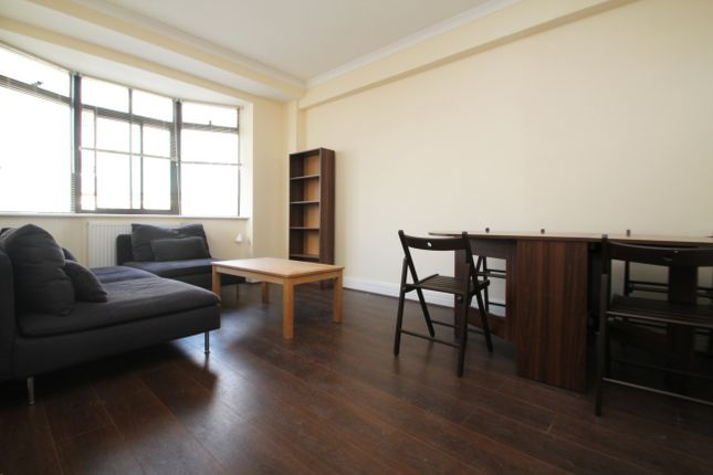 1 bed flat to rent in Upper Berkeley Street, London
