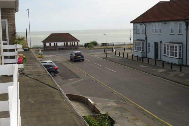Thumbnail Flat for sale in Kings Avenue, Holland-On-Sea, Clacton-On-Sea