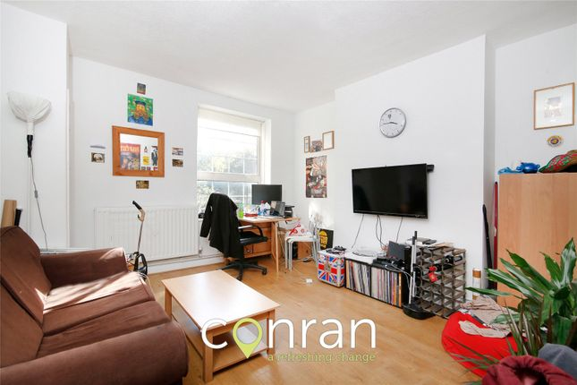 2 bed flat to rent in Haddo Street, Greenwich SE10