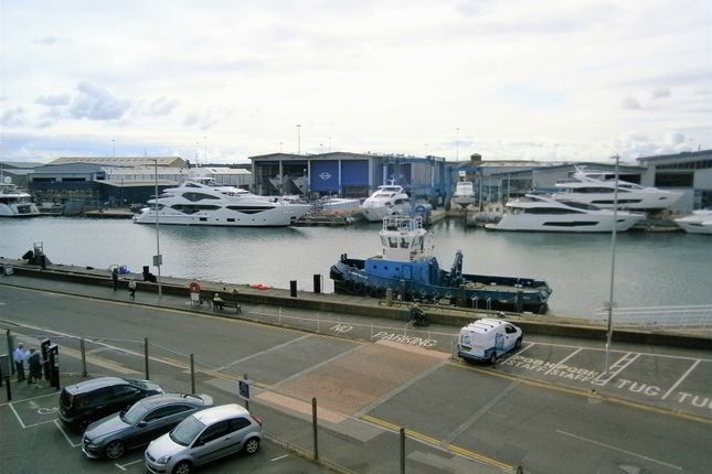 Thumbnail Flat for sale in Barbers Wharf, Poole Quay