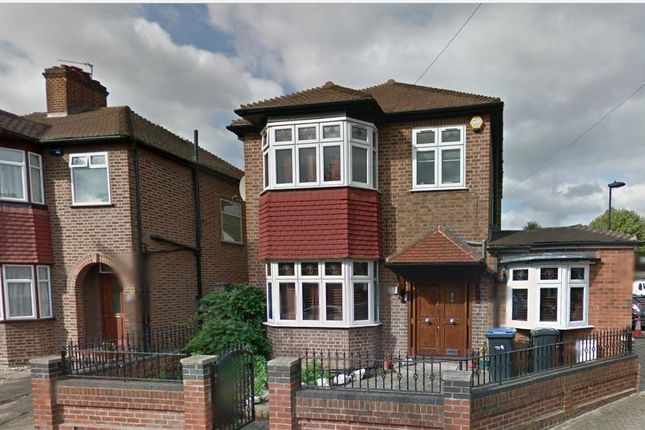 Thumbnail Detached house for sale in Amberley Road, Enfield