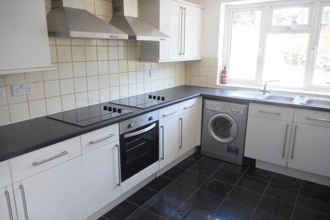 Thumbnail Property to rent in Miskin Street, Cathays, ( 7 Beds )