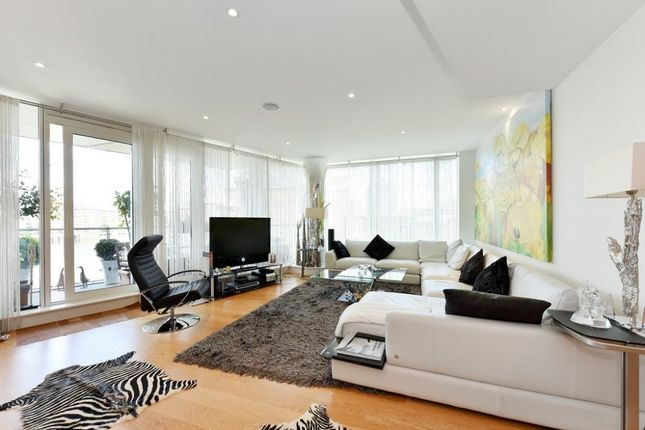 Thumbnail Flat To Rent In Ensign House Battersea Reach