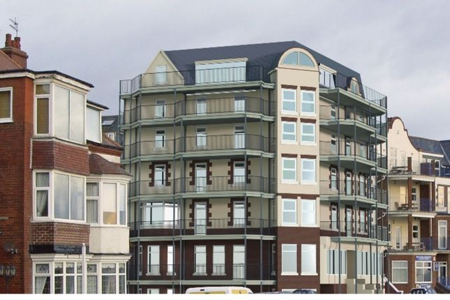 Thumbnail Flat for sale in South Marine Drive, Bridlington
