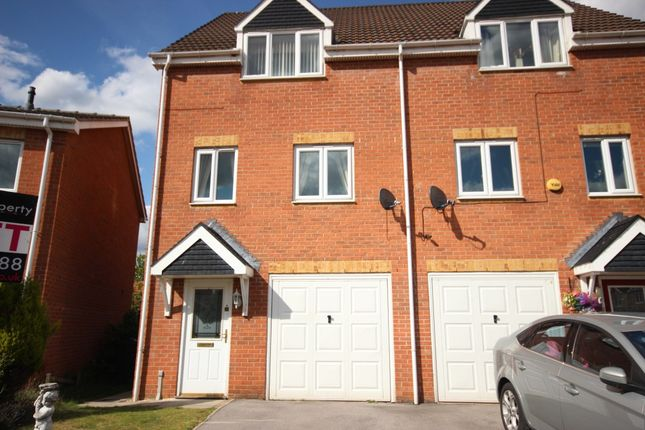 Thumbnail Town house to rent in Haller Close, Armthorpe, Doncaster