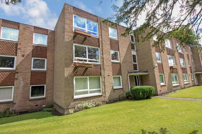 Thumbnail Flat to rent in Moseley Grange, Cheadle Hulme