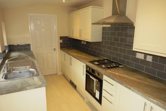 3 bed property to rent in Queen Street, Sleaford NG34