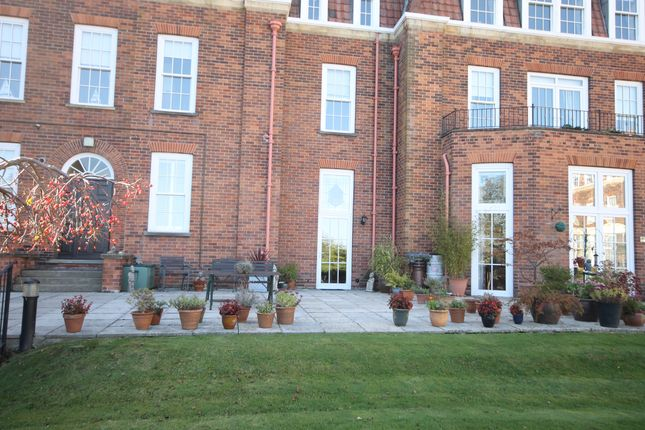 Thumbnail Flat for sale in Hall Park Road, Hunmanby
