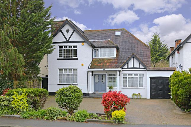 Thumbnail Detached house to rent in Deacons Hill Road, Elstree, Borehamwood