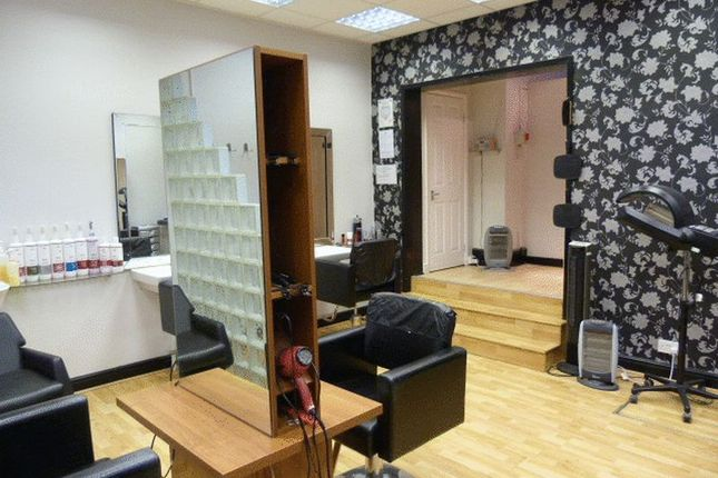 Photo 3 of Smithdown Road, Liverpool, Hairdressers L15