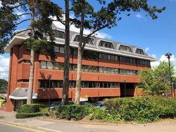 Thumbnail Office to let in Hillfield Road, Hemel Hempstead
