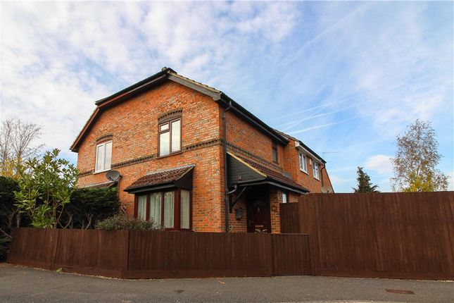 Thumbnail Terraced house for sale in Churchill Crescent, Yateley, Hampshire